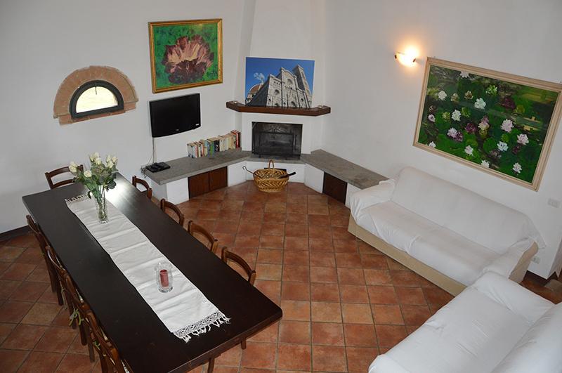 Appartamenti e Casa Vacanze in Toscana: Vecchio Fienile tra Siena e ...